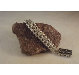 Garter Chain with Twist Bracelet